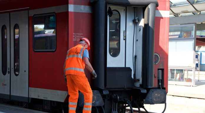 pracownicy kolei